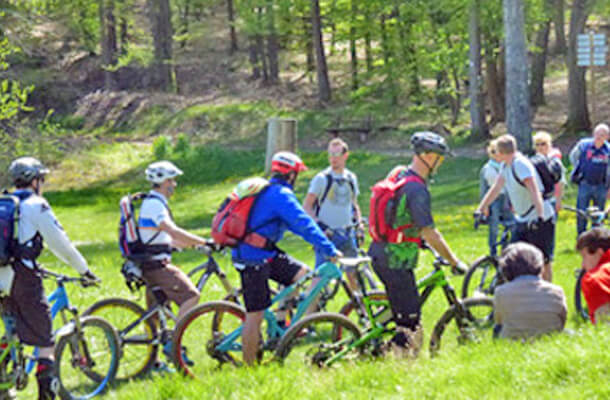 Mountainbiker am Seehof Badeweiher